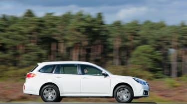 Subaru Outback panning