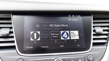 Vauxhall Grandland X - DAB radio