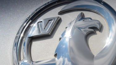 Vauxhall Insignia Grand Sport - Vauxhall badge