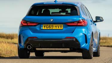 BMW 118i - rear cornering