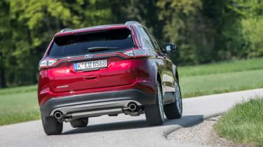 Ford Edge Titanium 2016 - rear cornering