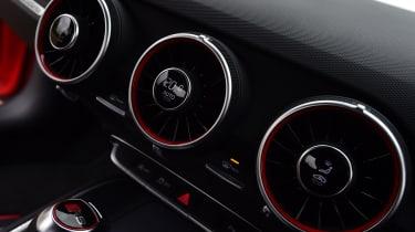 Audi TT RS - vents