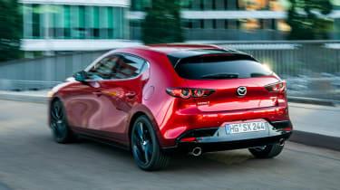 Mazda 3 SkyActiv-X - rear action