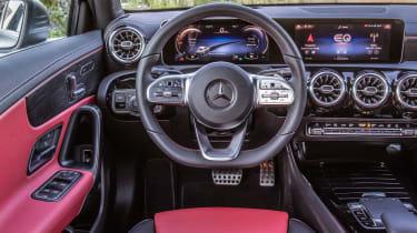 Mercedes A 250 e - dash