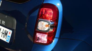 Dacia Duster facelift - rear light detail