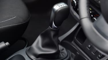 Dacia Duster automatic 2017 - gearlever