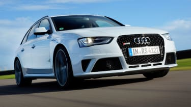 Audi RS4 front tracking