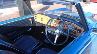 Triumph TR5 interior