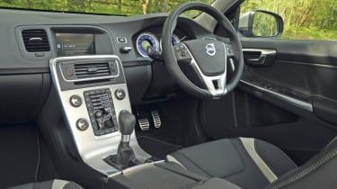 Volvo V60 R Design interior