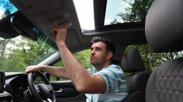 Hyundai Santa Fe - long-term first report sunroof