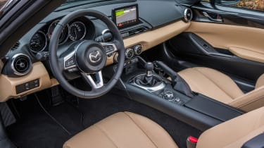New Mazda MX-5 Z-Sport 2018 review - interior