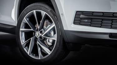 Skoda Kodiaq SUV 2016 - white wheel