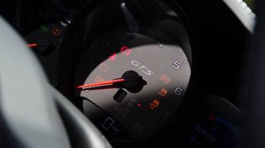 Audi TT RS -  dials