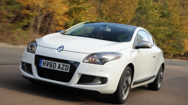 Renault Megane Coupe front tracking