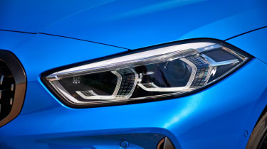 BMW M135i 2019 lights