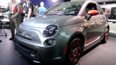 Fiat 500e front three-quarters