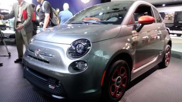 Fiat 500e front three-quarters