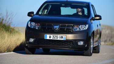 Dacia Sandero 2017 facelift cornering