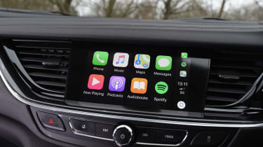 Vauxhall Insignia Sports Tourer - Apple CarPlay