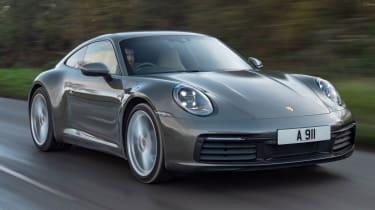 Porsche 911 Carrera - front tracking