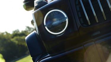 Mercedes G-Class - light