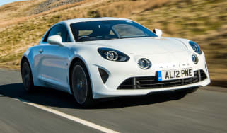 Alpine A110 Pure - front tracking
