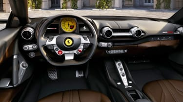 Ferrari 812 GTS - dash