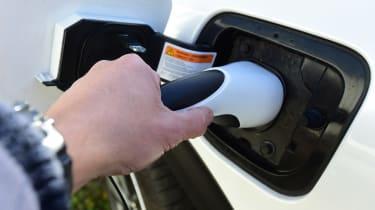 Kia Niro Plug-in Hybrid - plugged-in