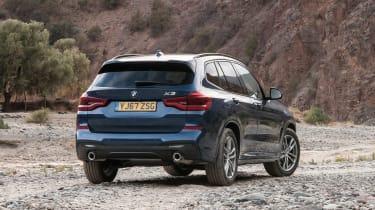 BMW X3 - rear static off-road