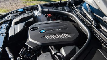 BMW 320d - engine
