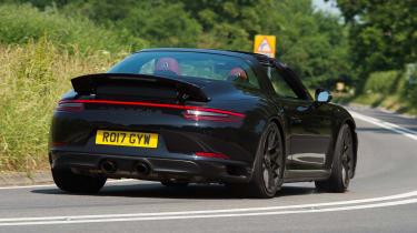 Porsche 911 Targa GTS - rear