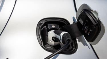 Smart EQ ForTwo - charging