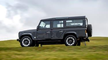 Land Rover Defender Works V8 - side