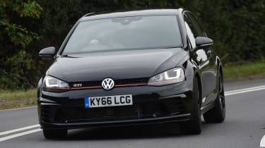 Volkswagen Golf GTI Clubsport UK 2016 - front cornering