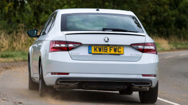 Skoda Superb - rear action