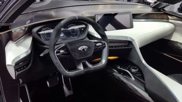 Infiniti QX Sport Inspiration - Paris interior