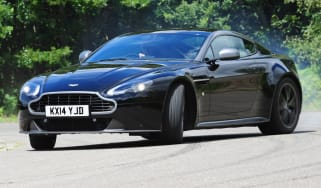 Aston Martin V8 Vantage N430 - action