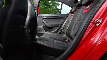 Skoda Octavia vRS Challenge - rear seats