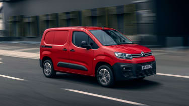 New 2018 Citroen Berlingo Van - front action