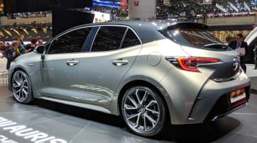 New Toyota Auris side quarter