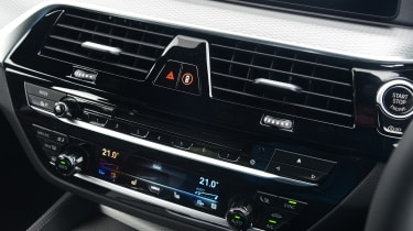 BMW 6 Series GT - centre console