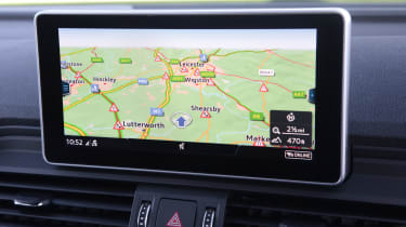 Audi Q5 TFSI e - sat-nav