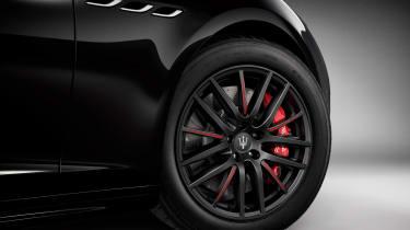 Maserati Ghibli Ribelle red alloys