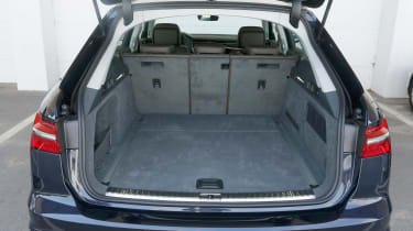 Audi A6 Allroad - boot