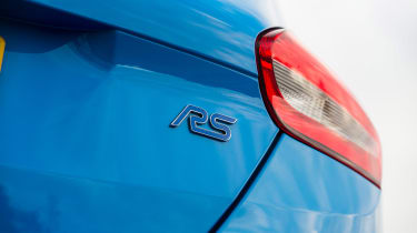 Ford Focus RS Mountune - RS badge