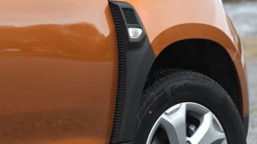 Dacia Duster: long term test review - front wing