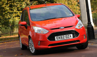 Ford B-MAX 1.0 EcoBoost front cornering