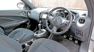 Used Nissan Juke review - dash