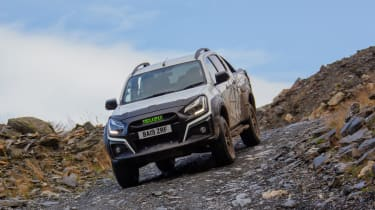 Isuzu D-Max XTR - front tracking off-road hill descent