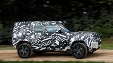 Land Rover Defender - side